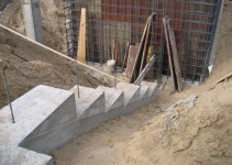Reinforced-concrete-stairs